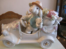 Brand New in box Lenox Bunny Car Figurine w/ Salt & Pepper Shakers Easter Holida