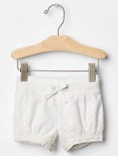 NWT BABY GAP GIRL'S WHITE EYELET PULL-ON BUBBLE SHORTS 100% COTTON (3-6 M)