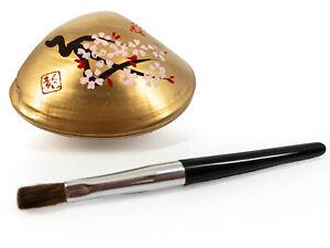 Japanese 'Beni-iri Awase-gai' Painted Seashell Kyobeni Lipstick: Cherry Blossom