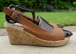 Womens CROCS A-Leigh Leather Upper Slingback Wedge SANDALS Shoes. UK 6. Tan.