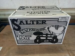 Vintage Salter Staffordshire scales still in the box unused full set of weights