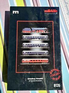 Marklin Kit 8135 Coffret 5 pièces avec brochure (Z Scale)