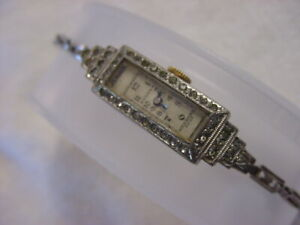 Vintage antique pre 1920 Art Deco Lady BULOVA GEM CASE watch