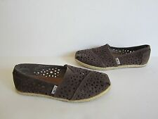 Toms Womens Gray Suede Laser Cut Classic Slip On Shoes 6.5 Worn Once