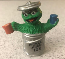 "Vintage Sesame Street OSCAR THE GROUCH ""PICKLE JUICE"" Figure 2.5"" PVC Tara CTW"