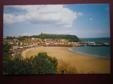 POSTCARD B3 YORKSHIRE SCARBOROUGH - GREAT VIEW OF THE BEACH AND HARBOUR
