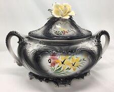 Capodimonte Covered Ceramic Dish With Flowers