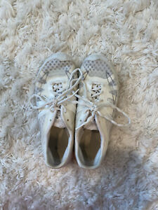 nfinity vengeance cheer shoes Size 8.5