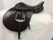 "Rembrandt 17"" Close Contact English Saddle Used Wide Tree w/ Leathers and Irons"