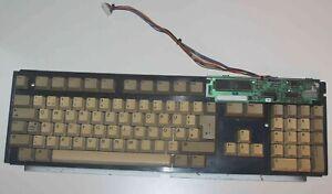 Tastatur fuer Amiga 500 in gutem Zustand (inkl. etwas Gilb), technisch top, QWER