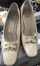 Salvatore Ferragamo Cream Leather Shoes with Gold Hardware 7B