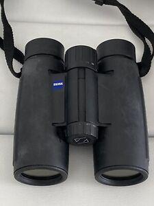 "Pair CARL ZEISS Binoculars Hungary 8x30 B T* 02824054  ""LOOK"" NR 8 x 30 BT"