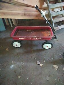 Radio Flyer Standard Wagon