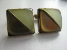Lucite Divided Geometric Cufflinks Goldtone Vintage Pearlized Bicolor Green Gold