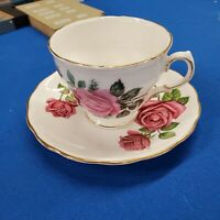 Royal Vale Fine Bone China Tea Cup & Saucer England Roses Gold Trim