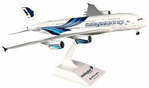 Daron Skymarks Malaysia A380-800 1/200 W/Gear New Livery F-WWSU Model Aircraft