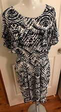 Plus Size 20 Black And White Knee Length Dress