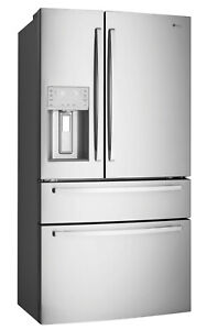 Westinghouse WHE7074SA 702L French Door Refrigerator