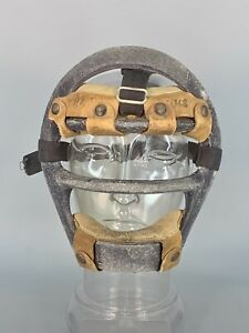 VINTAGE EARLY MACGREGOR CATCHER'S BASEBALL MASK Metal Cage Leather G350