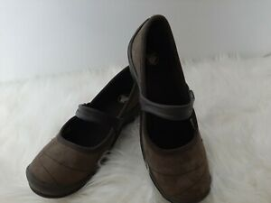 Croc,s Womans Brown Suede   Slip On Ballerina  ,Comfort Shoes  Sz 6 W