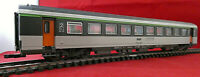 Vintage Roco 4275 High Definition 2nd Class Passenger Carriage in SNCF Livery