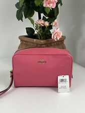 Coach Crossgrain Leather Cosmetic Case 20 Zip Wristlet F24797 Pink  M4