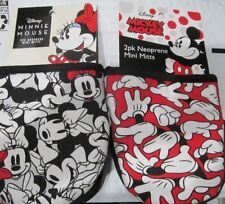 Disney's Mickey & Minnie Mouse Mini Oven Mitts : 2 pair = 4 Oven Mittens Nwt