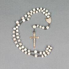 chapelet ancien fait de petites perles en nacre