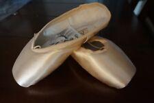Suffolk Spotlight Pointe Shoes, size 4.5 xxxN Hard shank