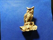 OWL ON A BIRCH FIGURINE!   C368XDN