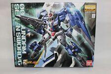 Gundam - 1/100 00 Seven Sword/g Model Kit Master Grade MG Bandai