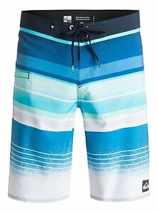 Quiksilver Everyday Stripe Boardshorts Sz 32 X 21 EQYBS03539