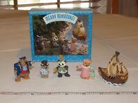 HALLMARK Merry Miniatures Charm Peter Pan 5 Piece Set Story Time 1997