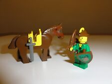 LEGO Vintage Forestmen Robin Hood Minifigure Horse Shield Bow Arrow Sword 6077