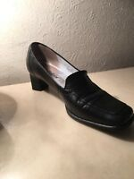 Gabor black leather court shoes size 4.5