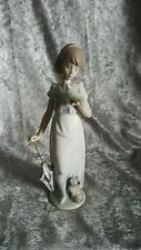 Retired Lladro Summer Stroll Porcelain Figurine #7611 Collectible No Box