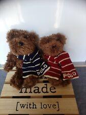 Peluche doudou ours brun écharpes rouge et bleu Polo 25 et 22 cm Ralph Lauren