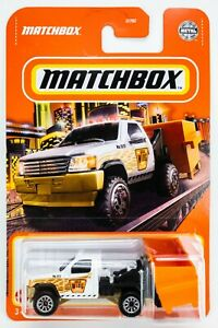 2021 Matchbox #35 MBX Garbage Scout™ WHITE / GOLD WING RUBBISH COLLECTORS / MOC