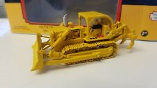FIRST GEAR INTERNATIONAL HARVESTER TD-25 CRAWLR WITH RIPPER 1:87 SCALE