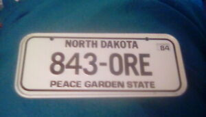 vintage 1980s North Dakota Mini State License Plate Bicycle Tag Cereal Promo Toy