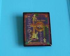 Hard rock cafe pin badge New Orleans mardi gras 2001