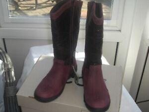ECCO DREAM  EU 30  UK11.5 LONG BOOTS  great keeps feet dry PRICE £25.00