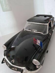 Citroen Modellauto DS 19 Solido 1 : 18