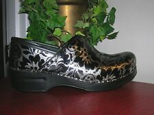 Dansko Women's Black Patent Leather Professional Clogs Mule Sz eu 40/us 9.5-10