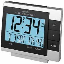 WS-8056U La Crosse Technology Atomic Alarm Clock with IN/OUT Temperature TX6U