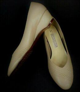 "Naturalizer - Beige Leather 1.5"" Wedge Heel Pump Shoe Size 8.5"