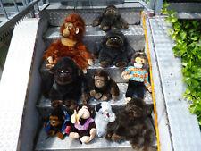 Konvolut von 10 Stoff / Plüsch Affen verschiedener Art, Marken u. Grösse 25-60cm
