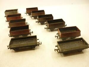 11  x TRIX TTR 00 gauge ALL METAL OPEN PLANK WAGONS,                           g