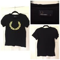 Mens Fred Perry Black With Big Gold Logo T-Shirt, size S Excellent Cond (A313)