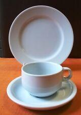 30  Kaffeetassen GASTRO mit 30 Teller 20 cm Hotel Porzellan Hotelporzellan